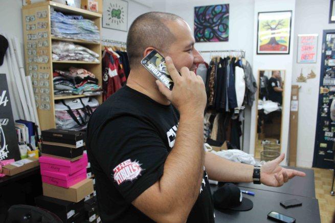 BOBBY PHONE1